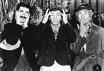 Zapatero y los tres monos sabios