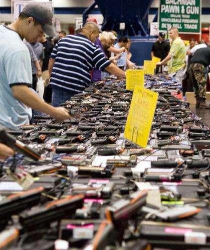 Armas de fuego en una feria