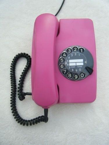 De cómo hablamos por teléfono