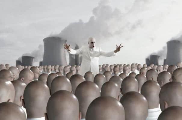 Los dictadores y las masas