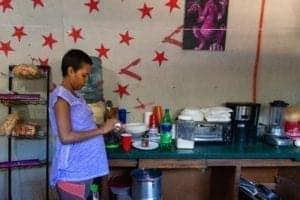 Postal desde Tijuana: madres migrantes esperan el parto y la corte 3
