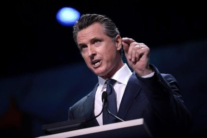 Gavin Newsom anuncia recursos para inquilinos