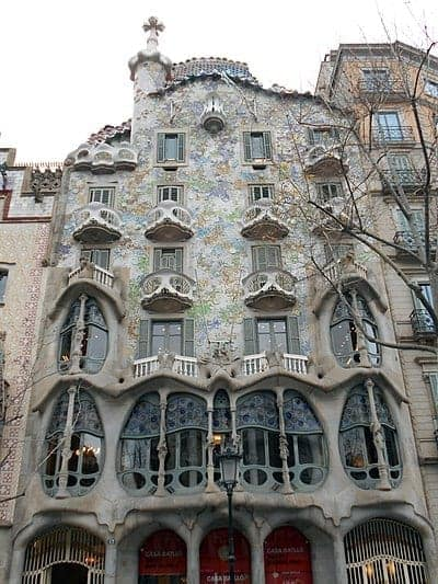 Antoni Gaudí, Hispanic L.A.