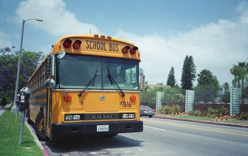Las escuelas de Los Ángeles seguirán con clases online