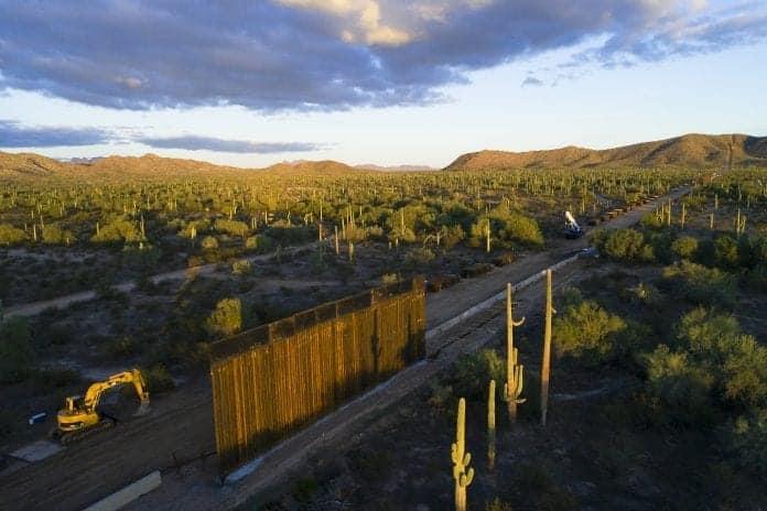 Wall construction by Alejandro Prieto full