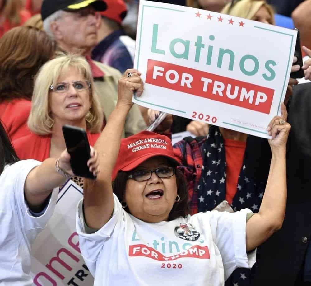 Votantes latinos por Trump