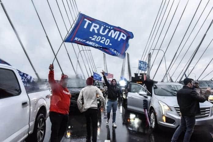 No dejan votar en paz: el bloqueo del puente Cuomo